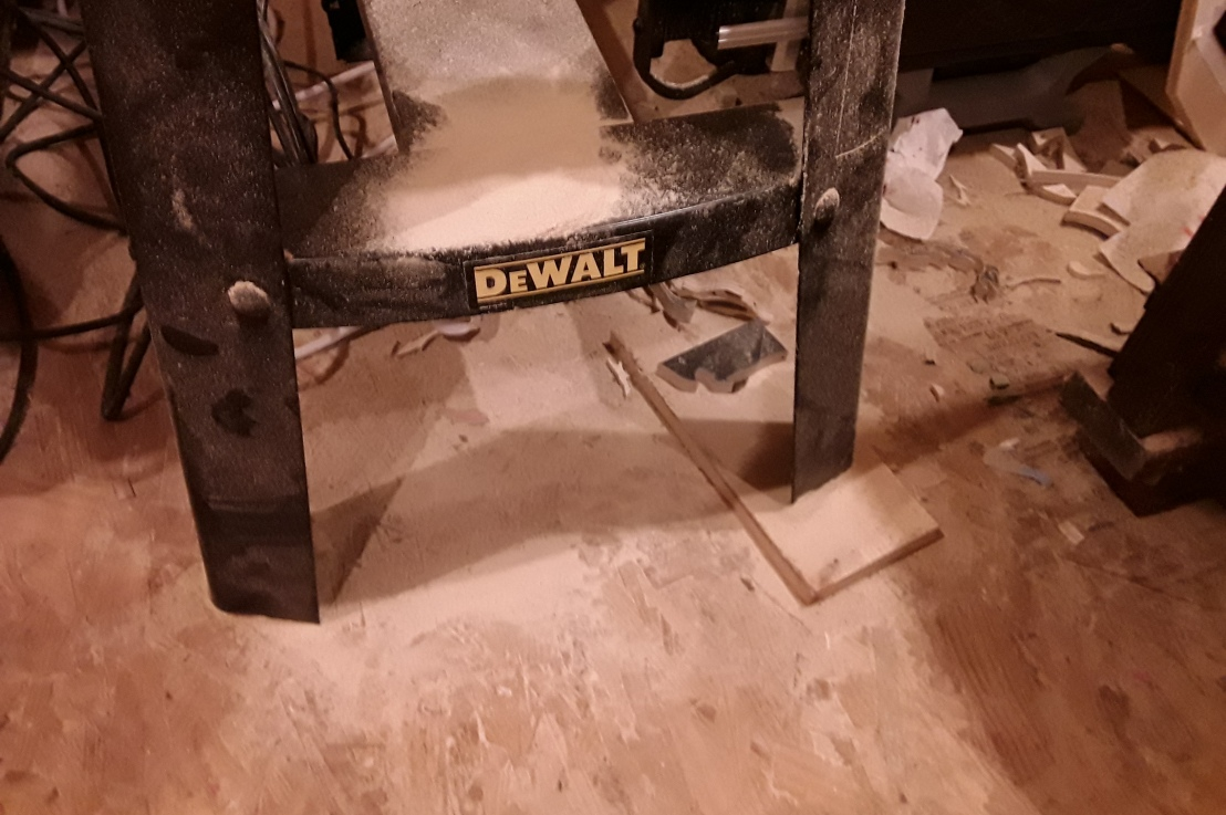Scroll Saw Stand: Should I Buy or Build myOwn