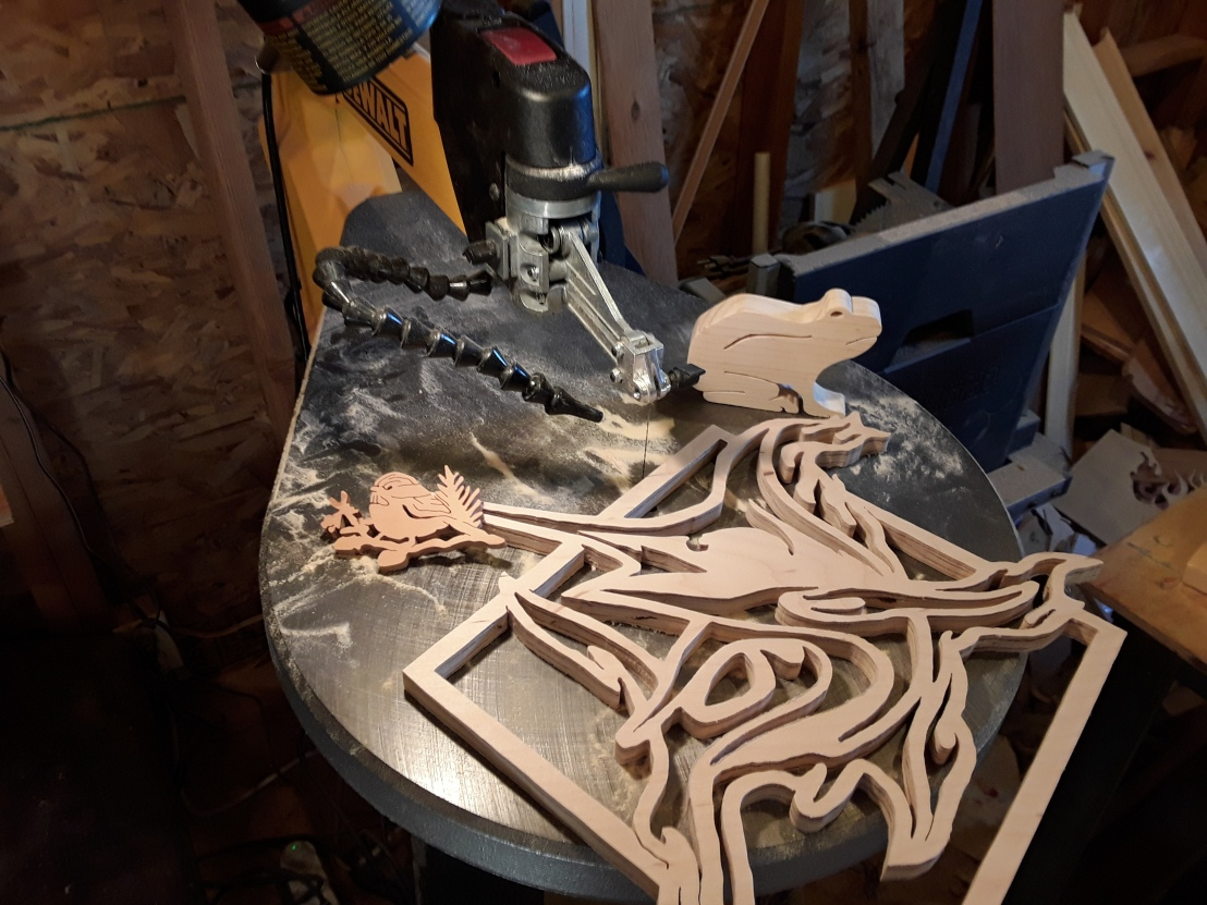 Scroll Saw Uses: 6 Popular Things a Scroll Saw can make