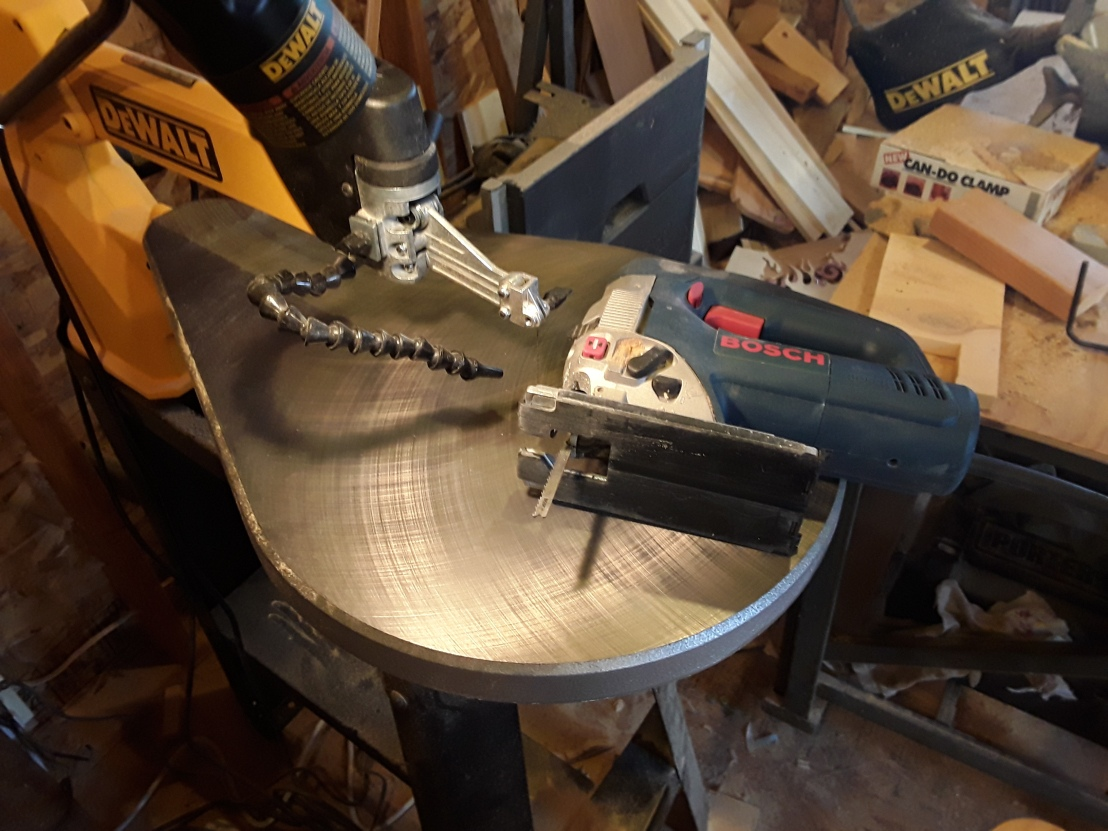 Scroll Saw vs. Jigsaw: Differences Between TheseTools